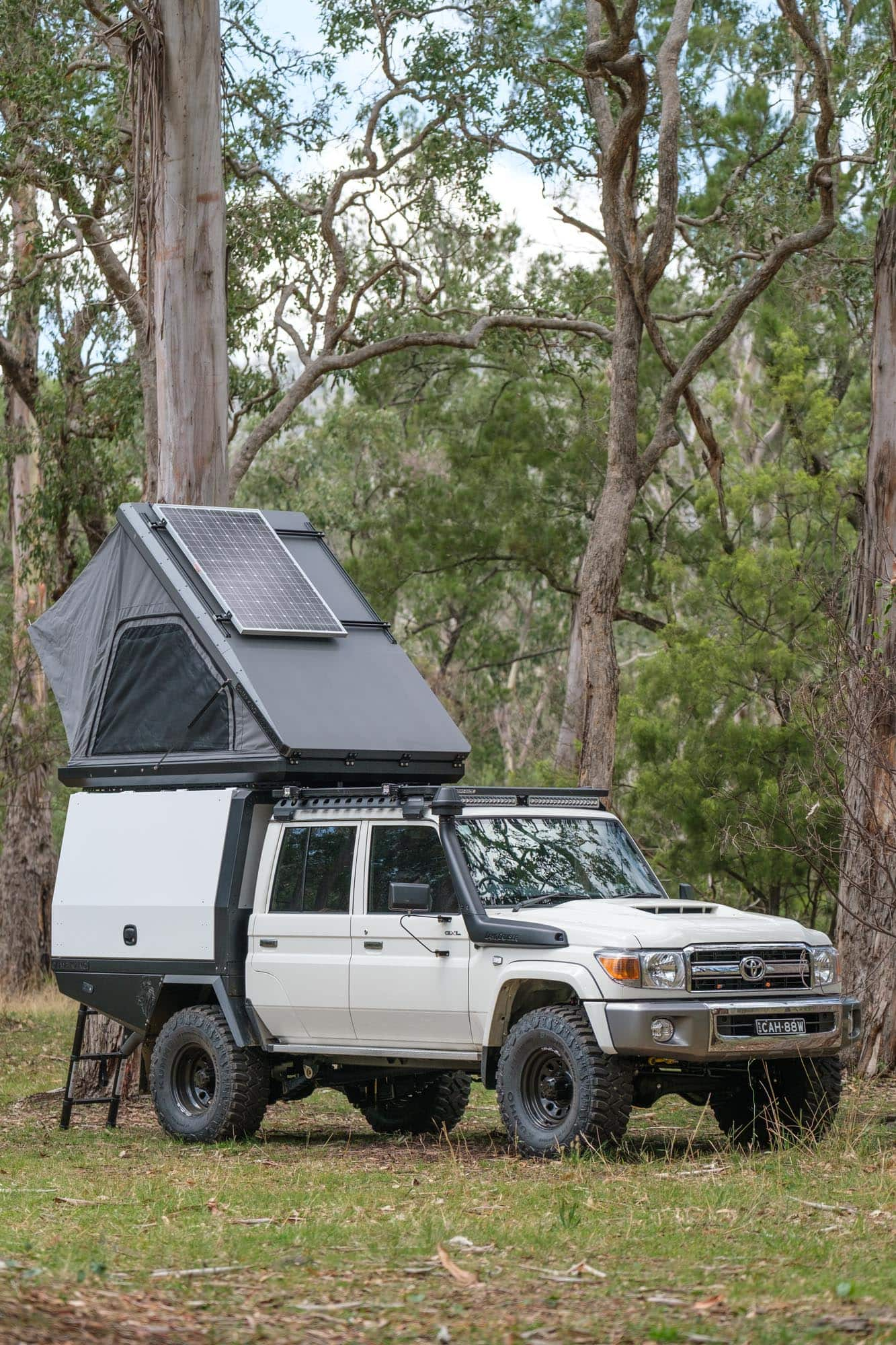 roof top tent on ute